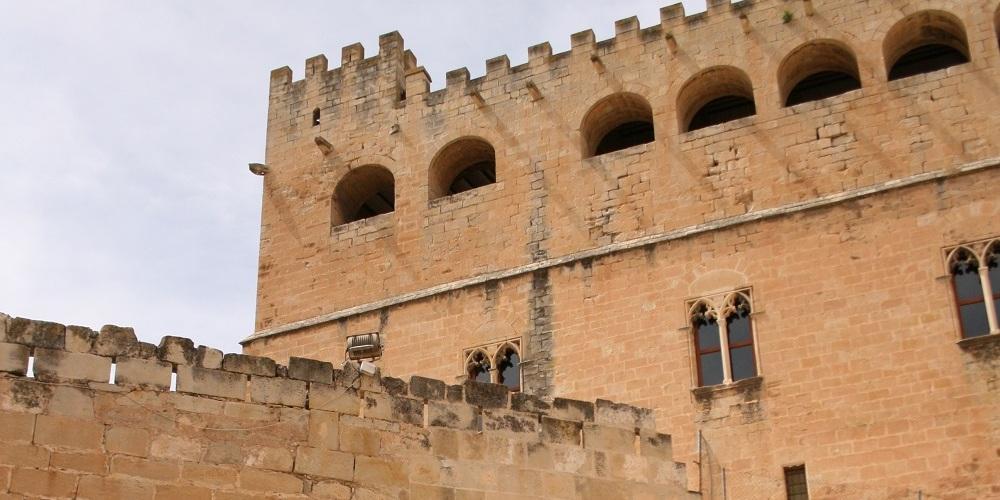 Curso de canto lírico en el castillo medieval de Valderrobres